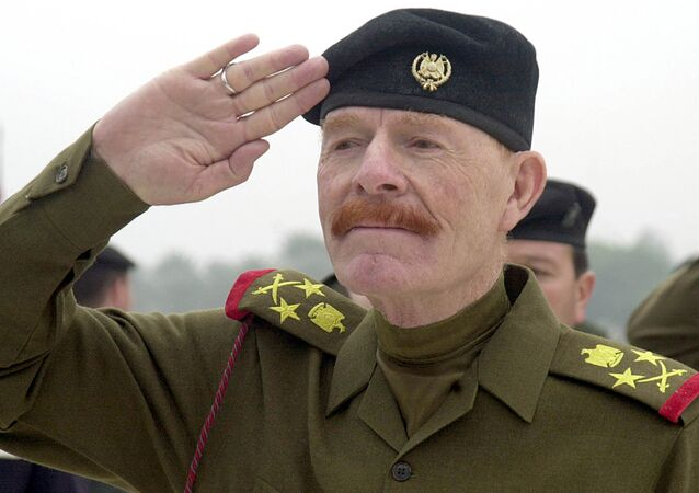 Saddam Hüseyin'in sağ kolu İzzet İbrahim el Duri