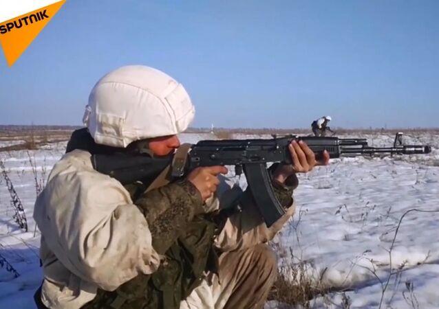 Rus Silahlı Kuvvetleri'nin geniş kapsamlı tatbikatından görüntüler
