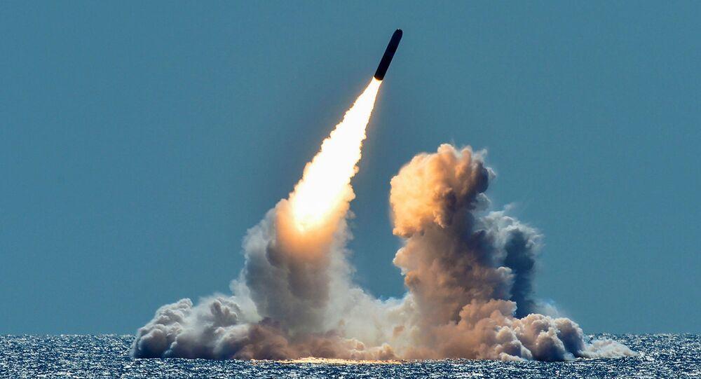 Silahsız Trident II D5 füzesi denemesi, USS Nebraska balistik füze denizaltısından, Kaliforniya açıkları, 26 Mart 2018