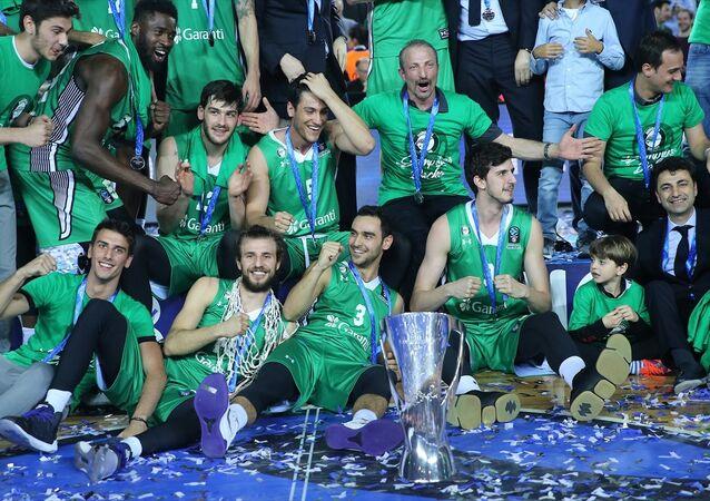 EuroCup şampiyonu Darüşşafaka