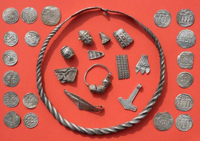Efsanevi Danimarka Kralı Harald'a ait olduğu sanılan hazine