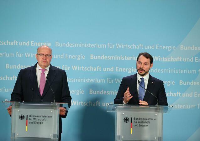 Alman Ekonomi ve Enerji Bakanı Peter Altmaier ve Enerji ve Tabii Kaynaklar Bakanı Berat Albayrak