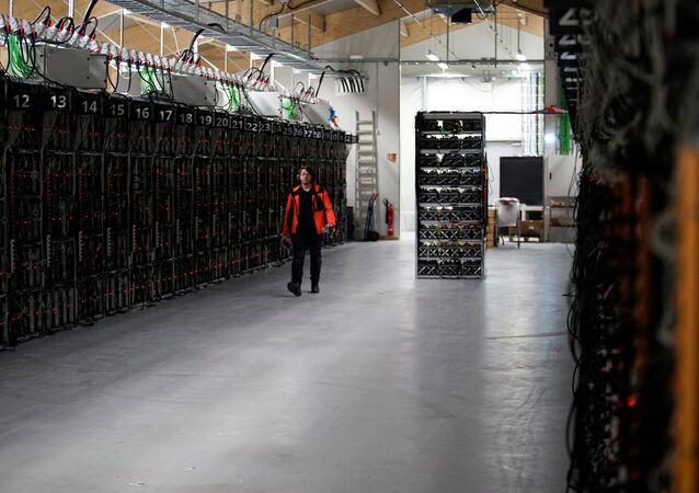 İzlanda'nın Keflavik kentrindeki 'Genesis Mining' adlı kripto para birimi madenciliği şirketi