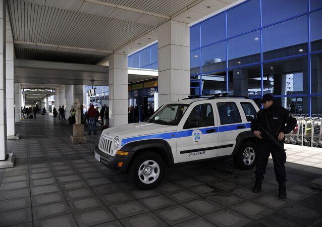 Yunanistan polis