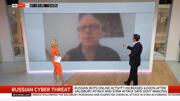 Twitter user @Ian56789, an accused Russian bot, responds to the British government's claims on Sky News. - Sputnik Türkiye