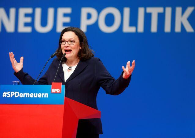 SPD'nin çiçeği burnunda lideri Andrea Nahles