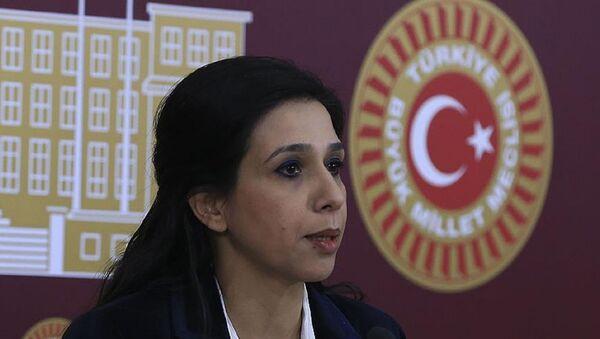 CHP İstanbul Milletvekili Gülay Yedekci - Sputnik Türkiye