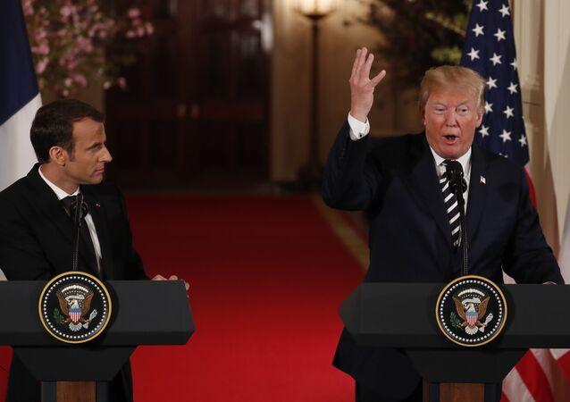 Mcaron ile Trump Beyaz Saray'da ortak basın toplantısında, 24 Nisan 2018