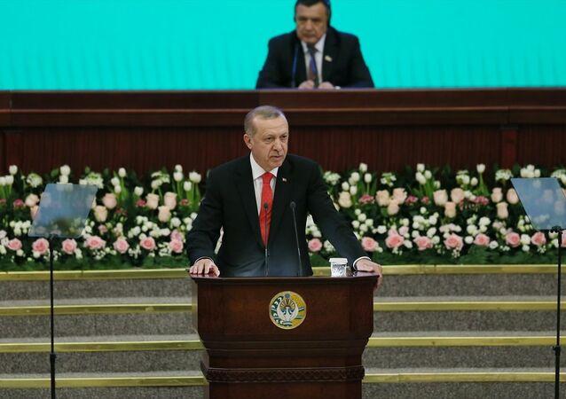 Cumhurbaşkanı Recep Tayyip Erdoğan, Özbekistan Parlamentosu'na hitaben konuşma yaptı.