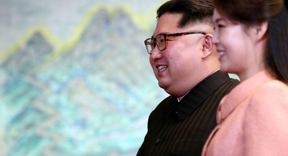 Kim Jong-un ve eşi Ri Sol-ju