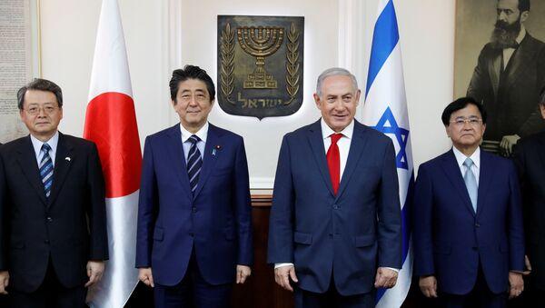 Japonya Başbakanı Şinzo Abe ve İsrail Başbakanı Benyamin Netanyahu - Sputnik Türkiye