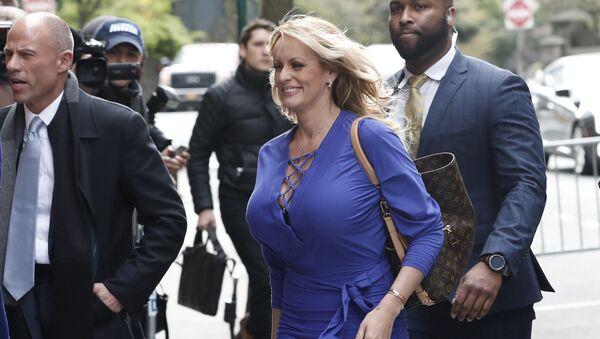 Stormy Daniels (Stephanie Clifford), New York City, 17 Nisan 2018. - Sputnik Türkiye