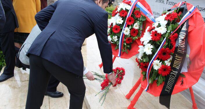 Gelibolu Rus anıtında 10. yıl töreni düzenlendi