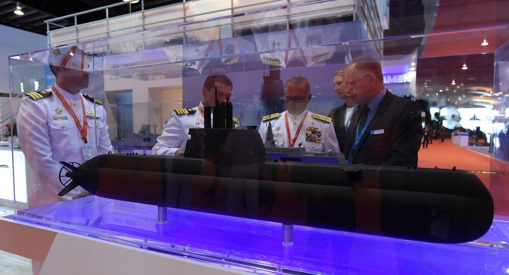 IMDEX fuarında Alman ThyssenKrupp şirketi tarafından üretilen 218SG tipi denizaltının modeli