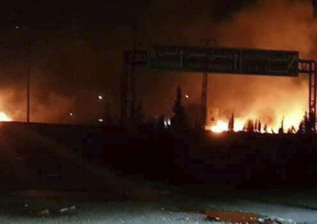 İsrail'in vurduğu noktalardan biri olan Şam'a bağlı Kisve bölgesi