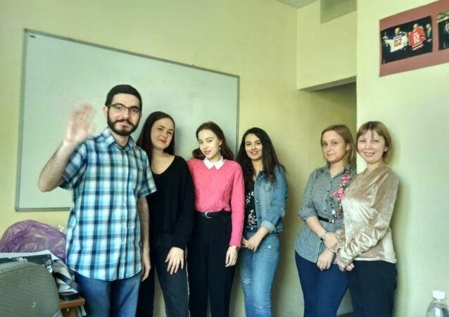 'Türkçe Konuşuyoruz' yarışmasının katılımcıları