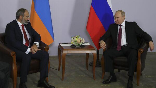 Putin ve Paşinyan - Sputnik Türkiye