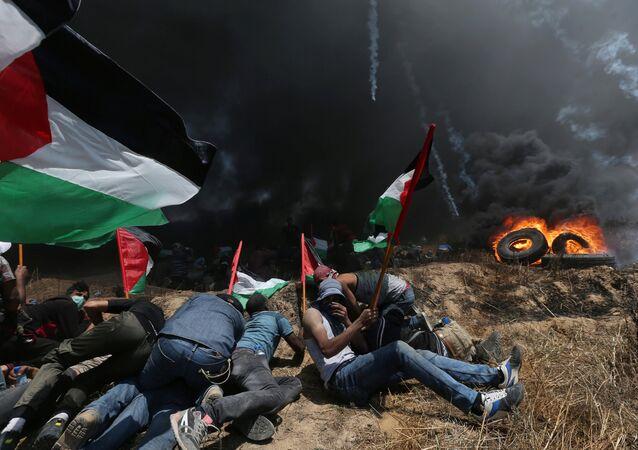ABD'nin Kudüs Büyükelçiliği'nin açıldığı gün, İsrail'in 2014'teki Gazze saldırısından beri bir günde en çok Filistinlinin öldürüldüğü gün olarak tarihe geçiyor.