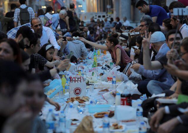 Ramazan, oruç, iftar