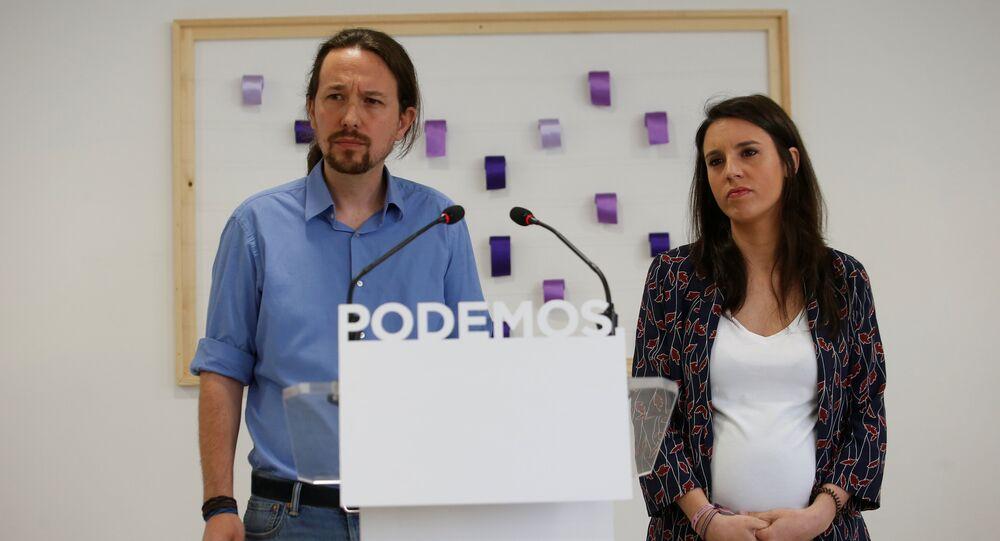 Pablo Iglesias-Irene Montero basın toplantısı