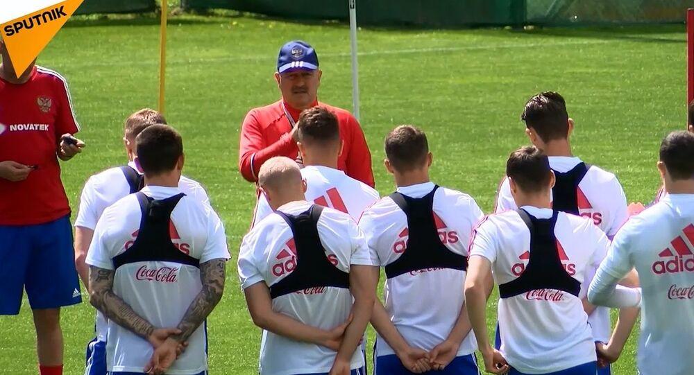 Rusya milli takımı Dünya Kupası hazırlık çalışmaları için Avusturya'da
