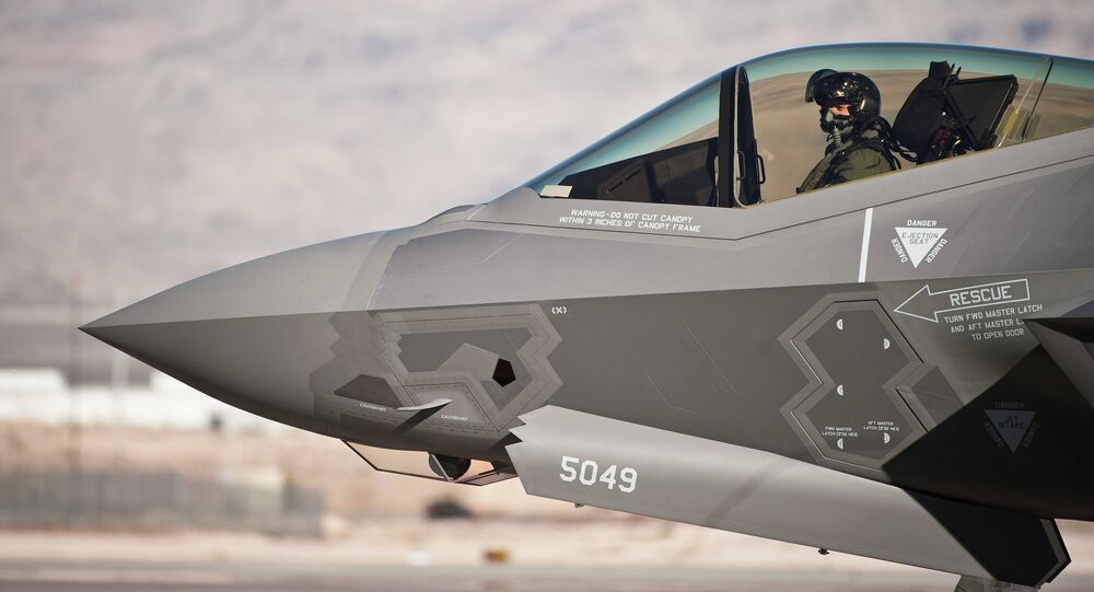 A new set of software problems may mean yet another series of delays for the F-35 fighter, already the most expensive and troublesome military equipment project in US history.