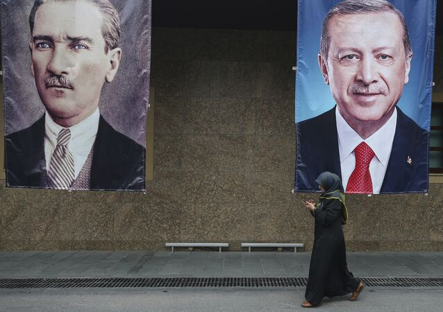 Mustafa Kemal Atatürk - Recep Tayyip Erdoğan