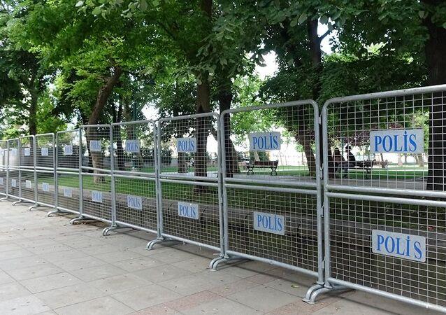 Gezi Parkı, bariyer