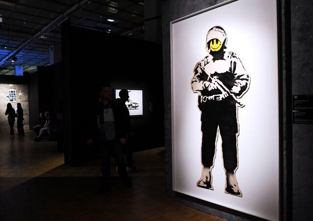 Graffiti sanatçısı Banksy eserleri Moskova'da