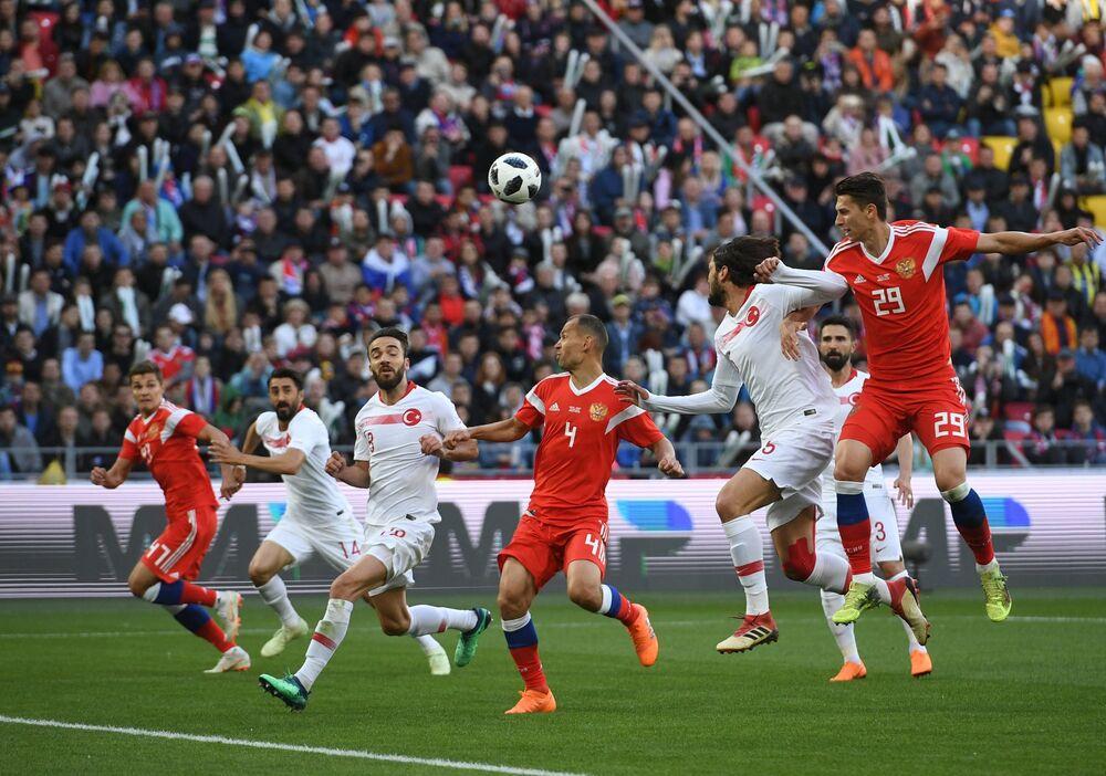 Rusya-Türkiye dostluk maçı