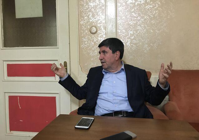 Halkların Demokratik Partisi'nden istifa ederek, Saadet Partisi'den milletvekili adayı olan Altan Tan, Sputnik'in parti değişim sürecinden, SP'nin dış politika hedeflerine kadar pek çok sorusunu yanıtladı.