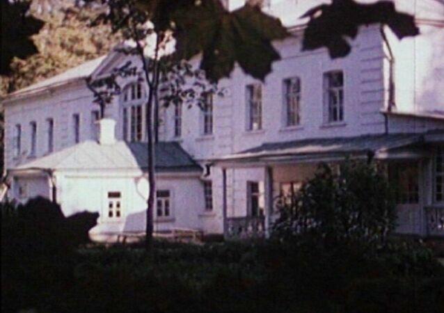 Büyük Rus yazar Tolstoy'un Yasnaya Polyana çiftlik müzesi, 97 yaşında