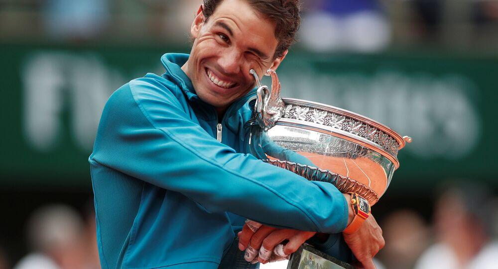 Rafael Nadal, Dominic Thiem'i yenerek 11. Fransa Açık şampiyonluğunu kazandı.