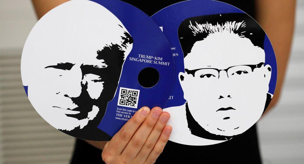 Singapur'daki medya merkezinde Trump-Kim zirvesini takip edecek gazeteciler için hazırlanan setten parçalar