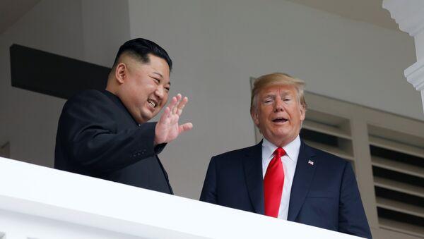 ABD Başkanı Donald Trump- Kuzey Kore lideri Kim Jong-un - Sputnik Türkiye