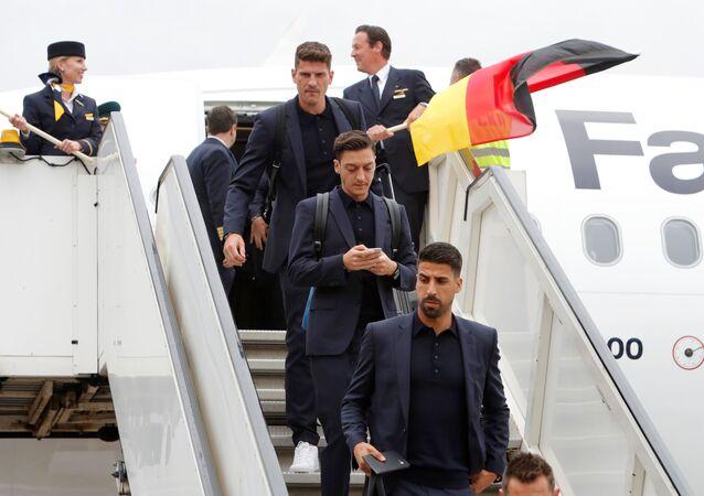 Gomez, Özil, Khediralı Alman milli takımı, 2018 FIFA Dünya Kupası için Rusya'da...