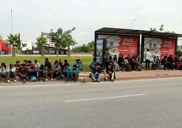 Afgan sığınmacıları Ankara diye Adana'ya bıraktılar