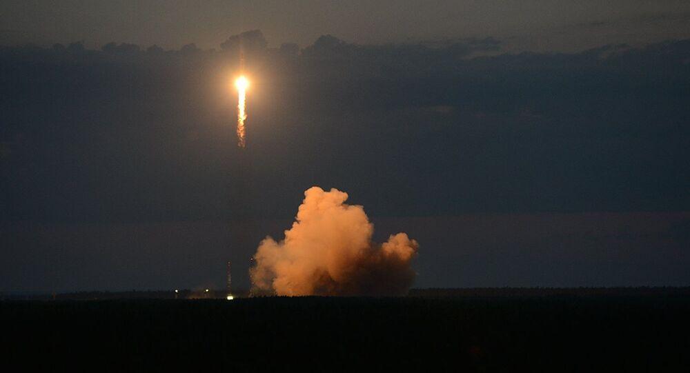 Soyuz-2.1b taşıyıcı füzesiyle Plesetsk Uzay Üssü'nden yörüngeye Glonass-M navigasyon uydusu fırlatıldı