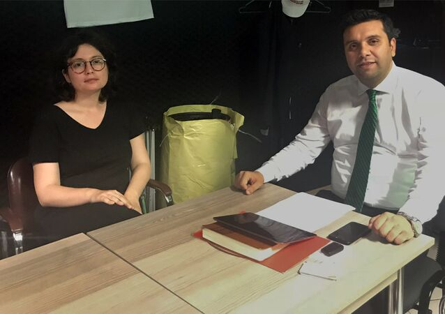 Temiz Toplum Derneği Başkanı ve Saadet Partisi milletvekili adayı Bilal Ay, Sputnik'in sorulaırnı yanıtladı.