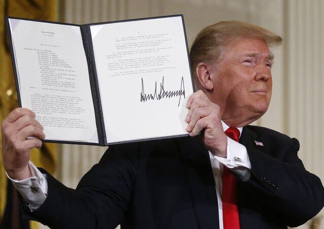 Trump'tan uzay imzası