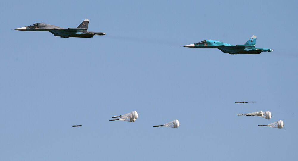 Su-34 fighter-bombers during the Aviadarts-2016 competition held as part of International Army Games - 2016 at the Dubrovichi training field in the Ryazan Region