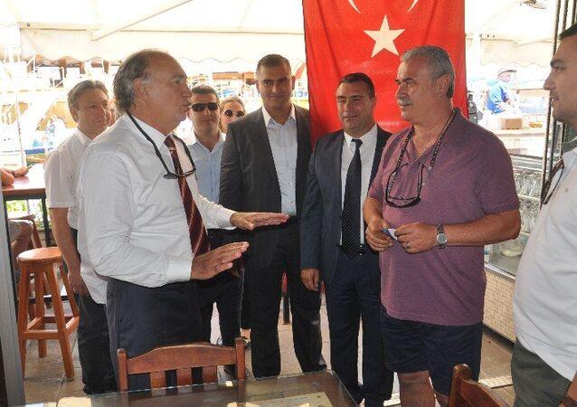Ak Parti Milletvekili adayı Mehmet Yavuz Demir