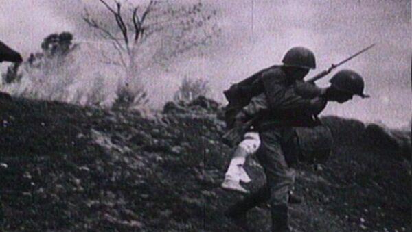 Rusya'da 77 yıl önce başlayan Büyük Vatanseverlik Savaşı'nda ölenler anılıyor - Sputnik Türkiye