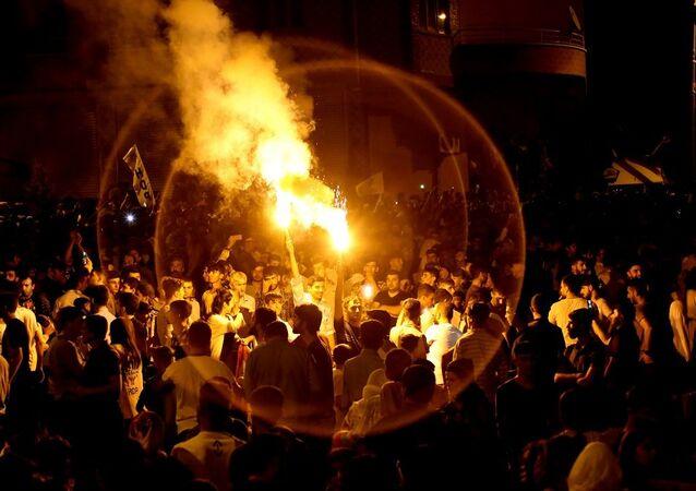 HDP'nin Diyarbakır'daki seçim kutlaması