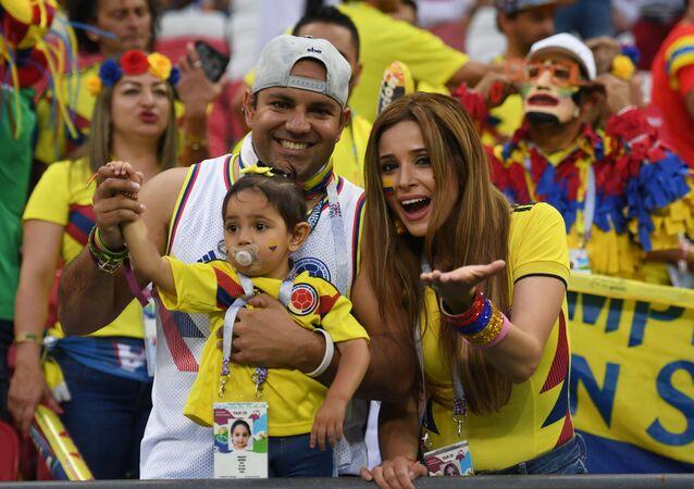 Dünya Kupası'na renk katan güzel futbolseverler