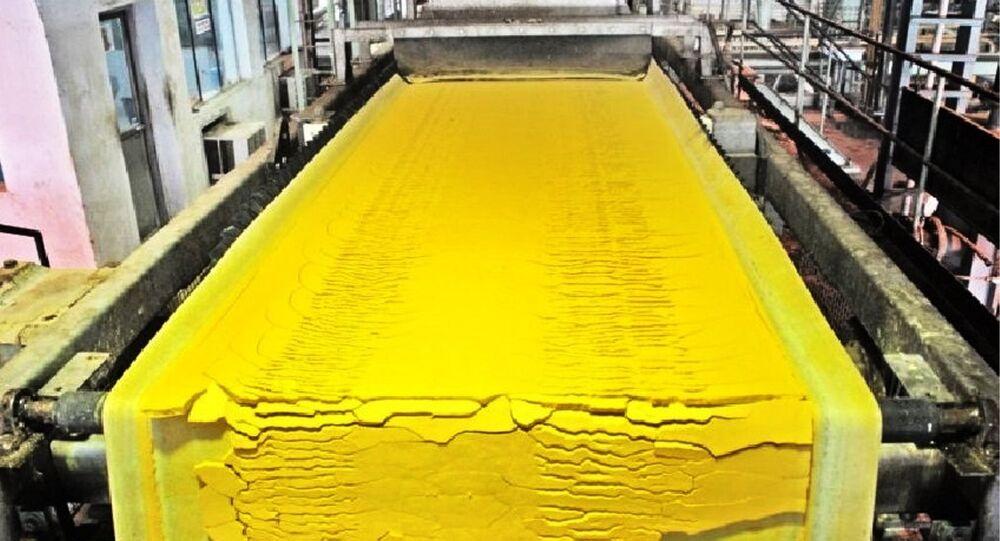 uranyum-sarı pasta