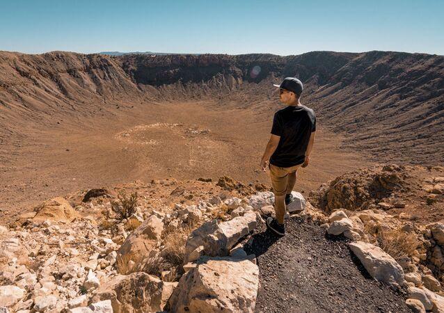 Dünyaya düşen göktaşları ve açtığı kraterler