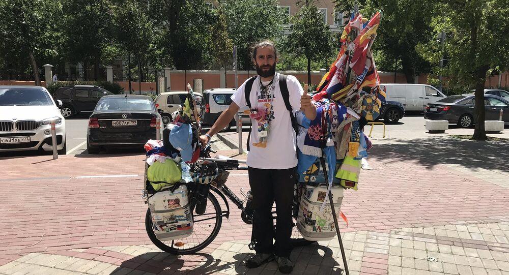 Bisikletle Dünya Kupası'na gelen Arjantinli Matyas Amaya