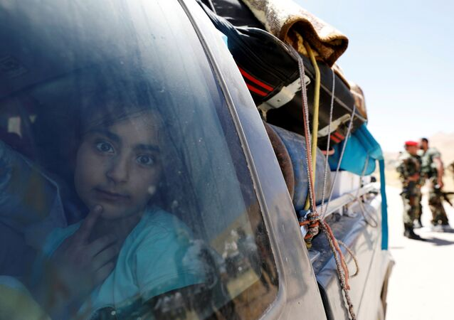 Lübnan'dan Suriye'ye dönen mülteciler