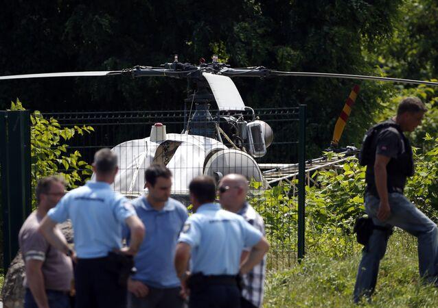 Ünlü gangster Redoine Faid, cezaevinden helikopterle firar etti